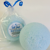 All Natural, Handmade Guavaberry Bath Bomb by Amish Country Essentials 4oz